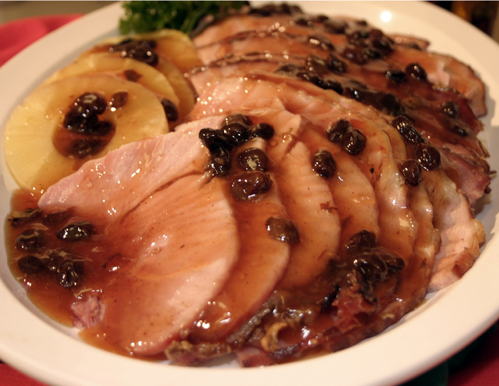 Recipe Baked Ham with Plum Raisin Sauce